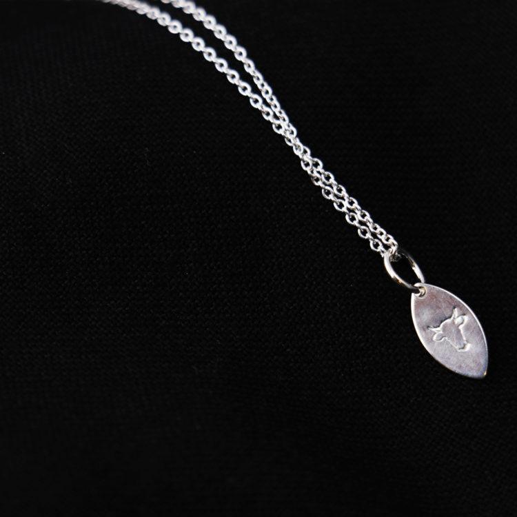 sølv smykke liten dråpe