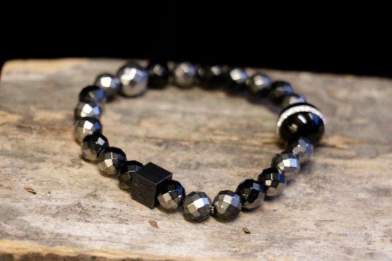 sorte steiner armbånd nettbutikk